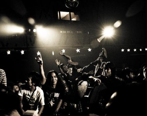 BudiawanJB_crowd_godbless_